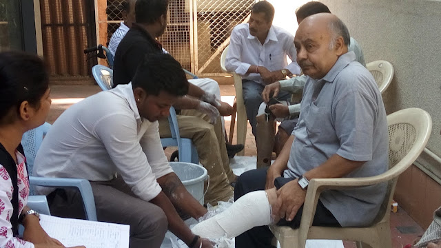 Karnataka Marwari Samaj organized free 'Measurement camp for footless'.