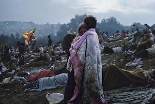La foto mas famosa de Woodstock, la pareja de la foto se llaman Nick y Bobbi. Fotos insólitas que se han tomado. Fotos curiosas.