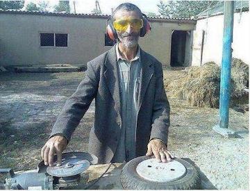 Smešne slike DJ Deda na slami