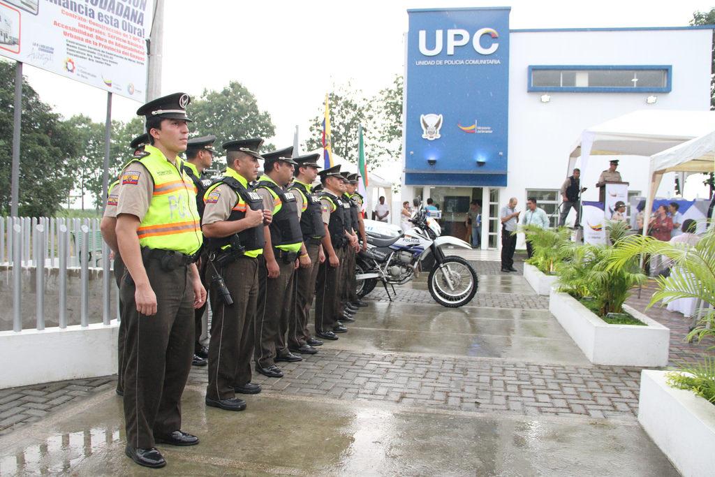 Peri dico digital la voz de milagro unidad de polic a for Nombre del ministro de interior y policia