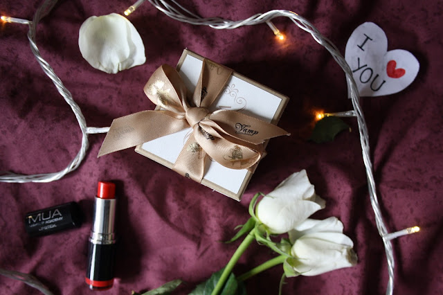 valentines day night in romance gifts for her