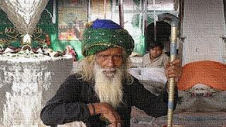 Adattamento alla vita di un monaco Sufi