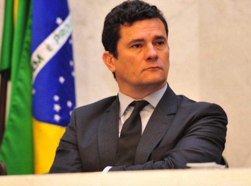 Moro aceita convite de Bolsonaro para comandar o Ministério da Justiça