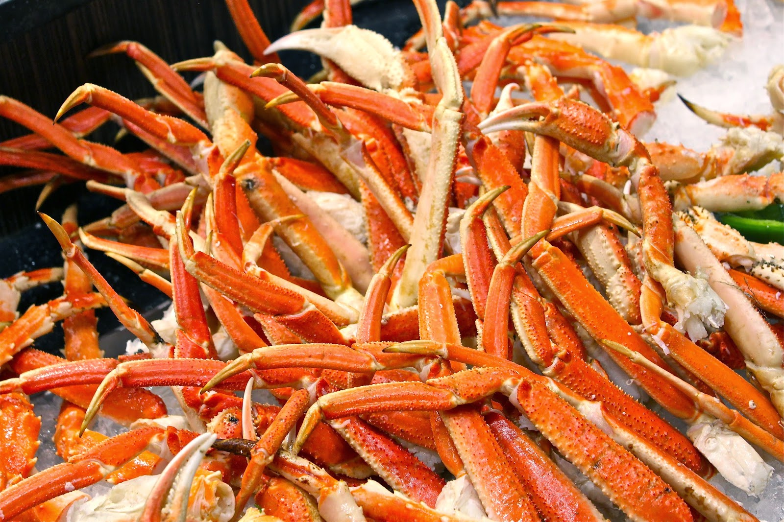 Of Course Apart From The Snow Crab Legs They Also Offer Fresh Seafood Such As Prawns And Scallops Which We Found To Be Value For Money Price