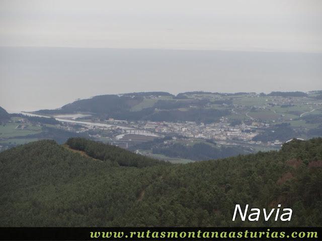 Vista de Navia