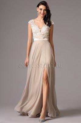 Ce modèle de la robe de soirée courte pour femmes sont toutes sublimes.  Trop belle avec la déroration de broderie exquise et les perles chic. 4a0a0681d3fa