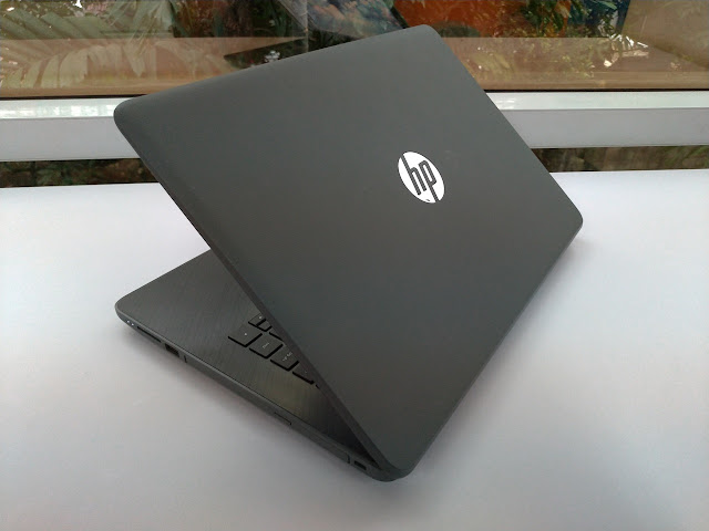Review HP 14-BW017AU