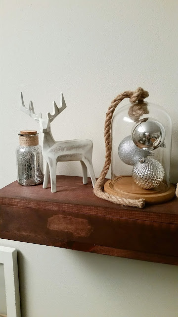 rustic Christmas holiday decorations