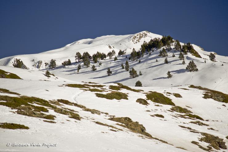 Sendero nevado Valle de Aran por El Guisante Verde Project