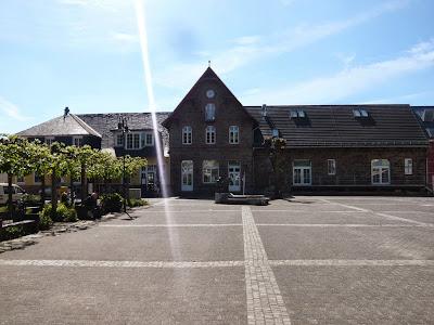 Das Gebäude des Overather Bahnhofs