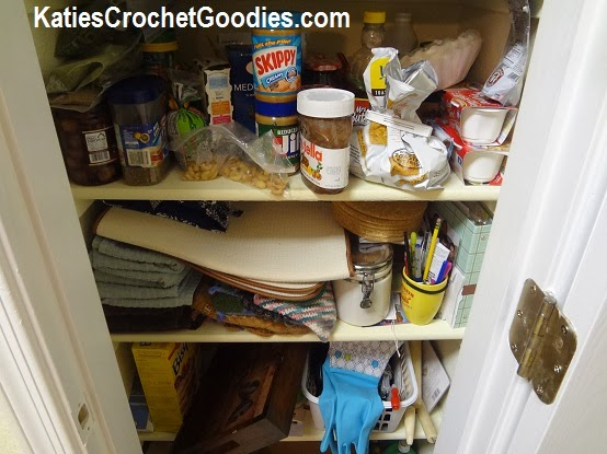 how to organize a messy pantry