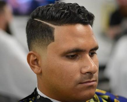 potongan rambut pria pipi tembem
