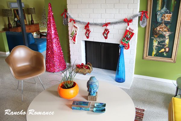 Mid Century Modern Christmas Decorations In The Ranchos