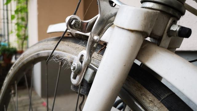 Herrenrad 90er Jahre verwittert alt und kaputt