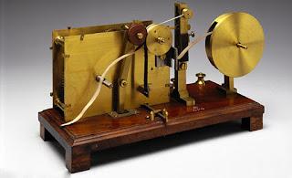 Biografi Alexander Bain - Penemu Mesin Fax    Nama Alexander Bain dikenal sebagai penemu mesin Fax (Faksimilie) pertama kali. Namun disisi lain  ternyata pekerjaan asli dari Bain adalah seorang pembuat jam dan teknisi mesin serba bisa. Alexander Bain lahir pada Oktober 1811 di Watten, Caithness, Negara Skotlandia. Ia berasal dari  keluarga yang sederhana, ayahnya hanyalah seorang petani miskin, selain itu Bain juga mempunyai saudara  kembar bernama Margaret Bain. Saudara Bain secara total berjumlah 12, yang terdiri dari 6 laki-laki dan  6 perempuan. Sejak masa kecilnya, Alexander Bain tumbuh sebagai seorang bocah yang biasa-biasa saja, ia  sama sekali tidak memiliki prestasi di sekolahnya.   Teknologi ini telah ada sejak tahun 1843 dimana pada tahun tersebut Alexander telah berhasil  menciptakan mesin fax yang pertama. Dalam penemuannya ini Dia mempercayai bahwa simbol atau kode Morse yang biasa digunakan untuk pramuka  bisa diterapkan secara visual. Yang mana sumber informasi ini tak hanya membantu dari fokus pendengaran  akan tetapi juga dimanfaatkan oleh ragam informasi yang lainnya.  Konsep dan juga gagasan utama dari mesin fax ini merupakan sebuah penggunaan dari sinyal-sinyal listrik  yang telah dihasilkan oleh operator telegraf, yang tak lain dan tak bukan ialah arena paling besar yang
