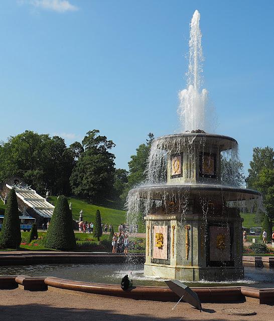 Петергоф, Римский фонтан (Peterhof, Roman Fountain)