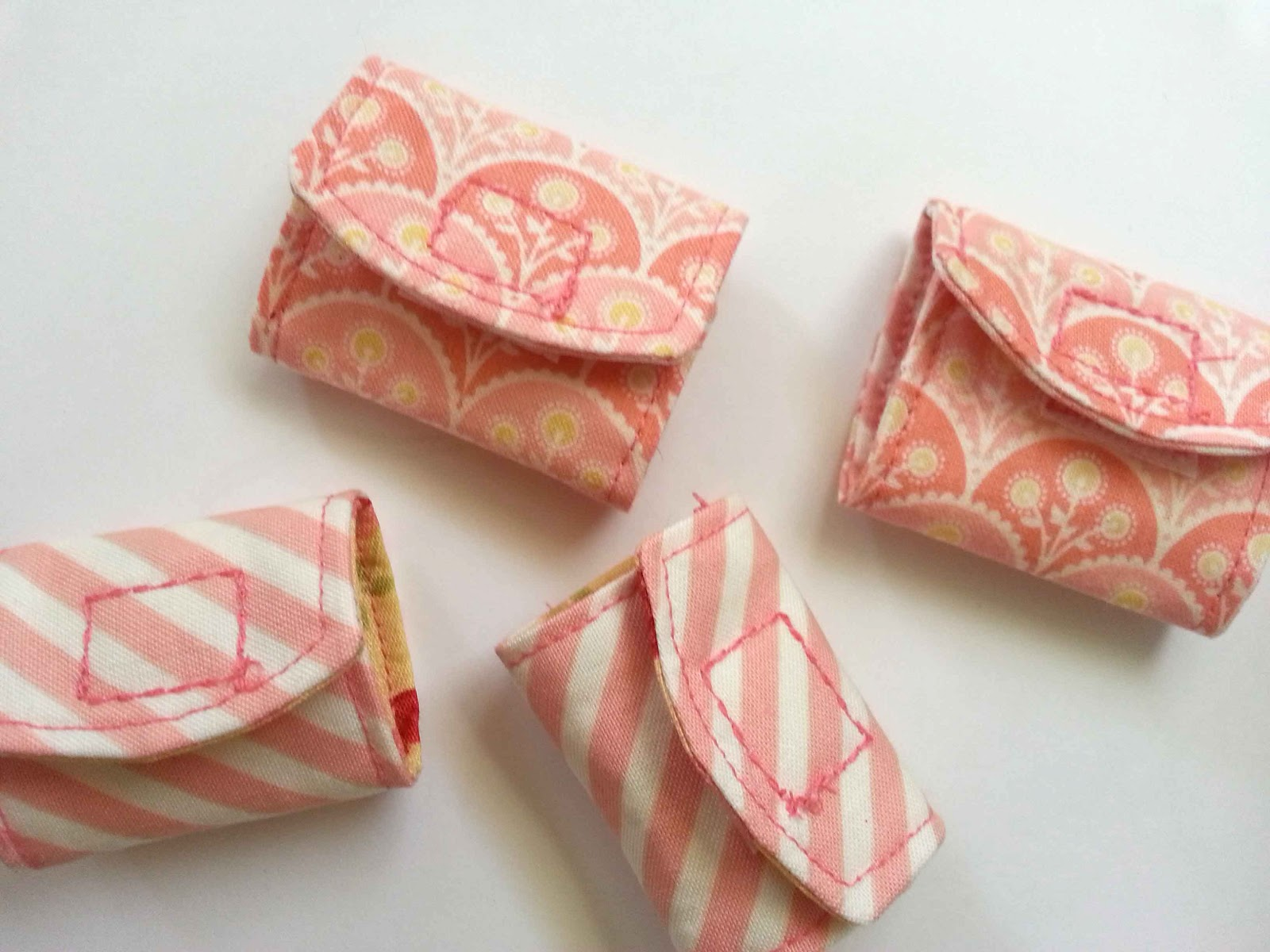 Tutorial DIY Cord Keeper From Fabric Scraps