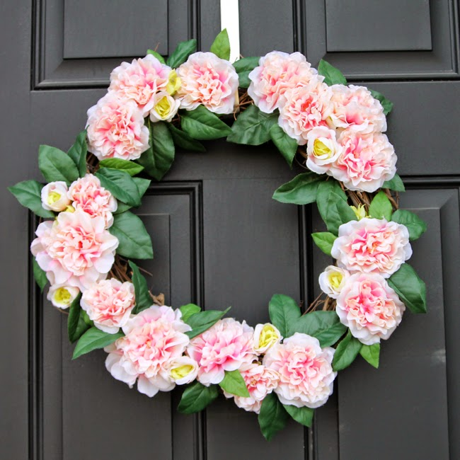 Pink Spring/Valentine's Day Floral wreath- Make this easy wreath in 15 minutes