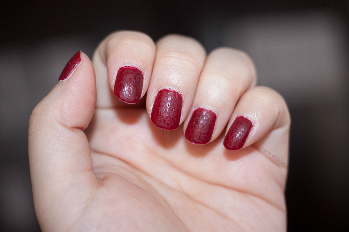 sally hansen 610 red zin essie matte about you shiny stamping plate sh225