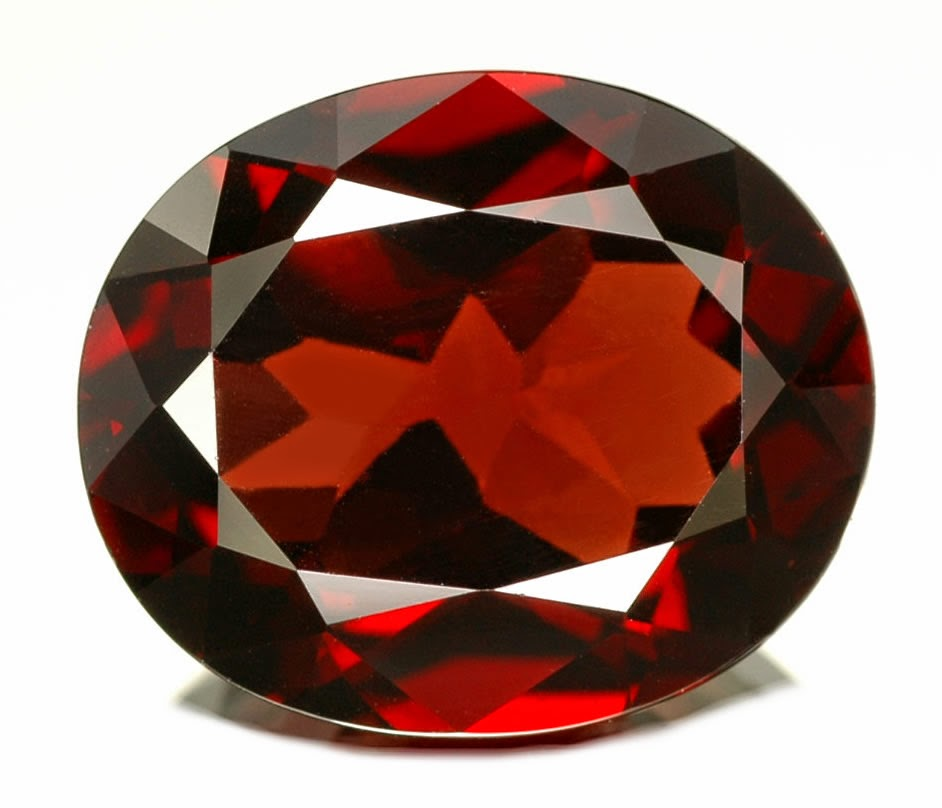 Batu Garnet Merah Di Percaya Sebagai Batu Obat Dan Batu