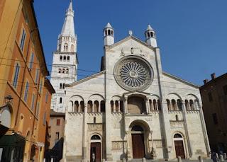 Duomo o la Catedral de Módena.
