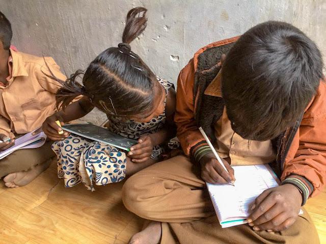 De los slums a la escuela