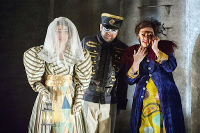 Ania Jeruc, Robyn Lyn Evans, Camilla Roberts - Mozart Don Giovanni - English Touring Opera - photo Richard Hubert Smith