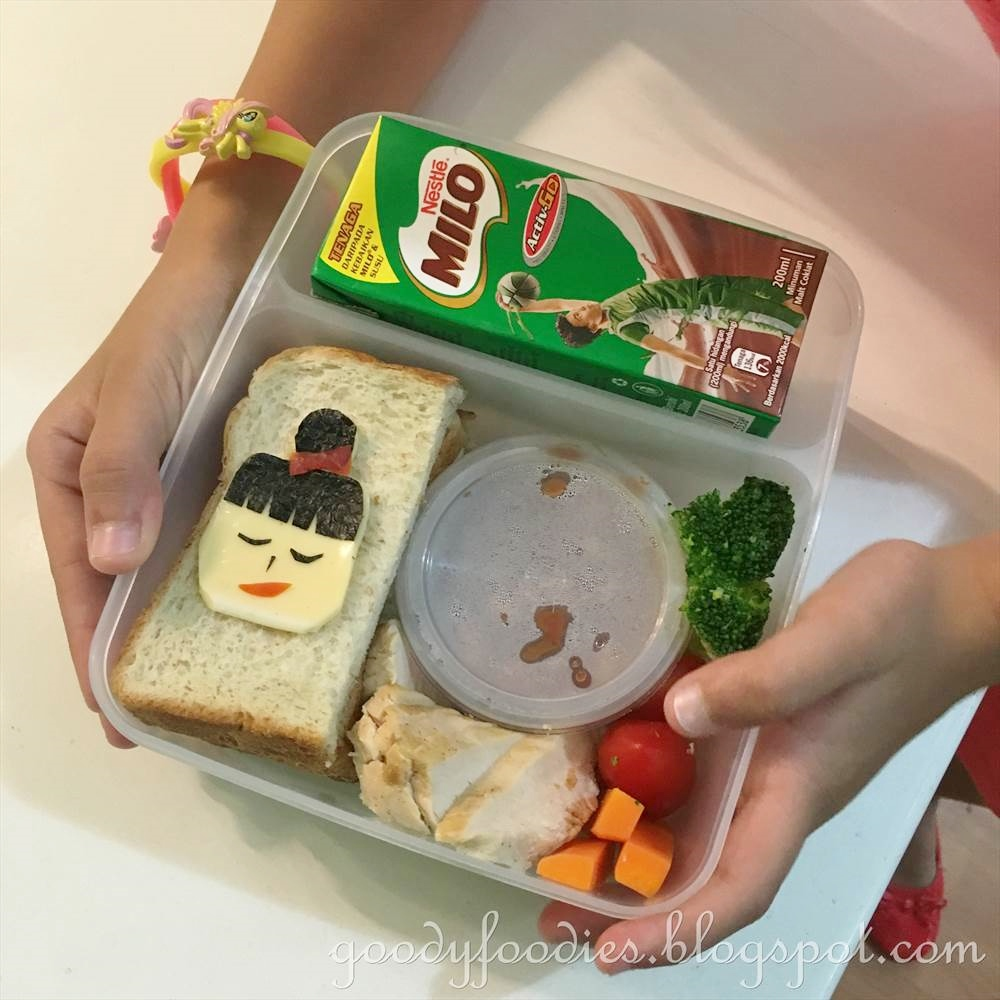 goodyfoodies how to pack a healthy bento box for your kids. Black Bedroom Furniture Sets. Home Design Ideas