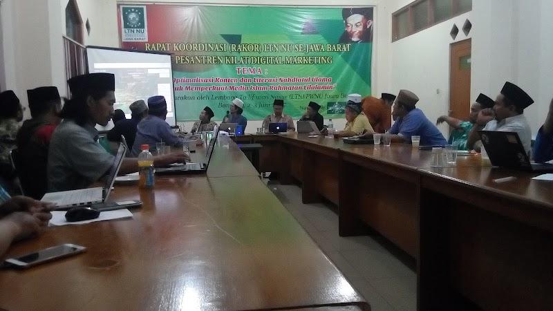 Writing for Peace: LTN PWNU Jawa Barat Perkuat Jaringan Media Islam Rahmatan lil alamin