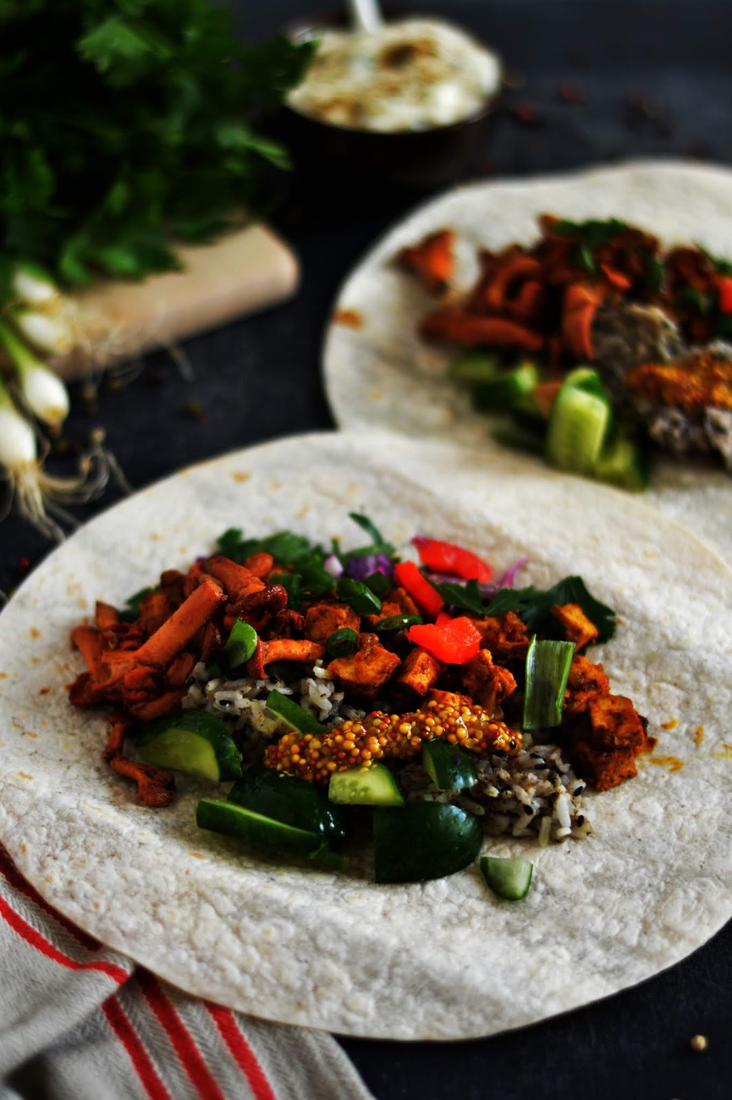 Burrito z kurkami i tzatzyki
