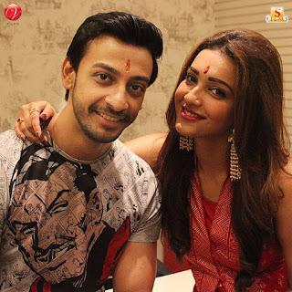 bonny koushani sweet couple