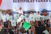 Presiden Jokowi Serahkan Sertifikat Tanah, Hindari Terjadinya Sengketa Agraria