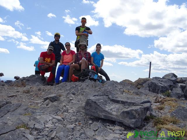 Ruta Peña Ubiña por la Arista Norte: cima de Peña Ubiña