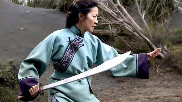 tigre dragão espada do destino michelle yeoh