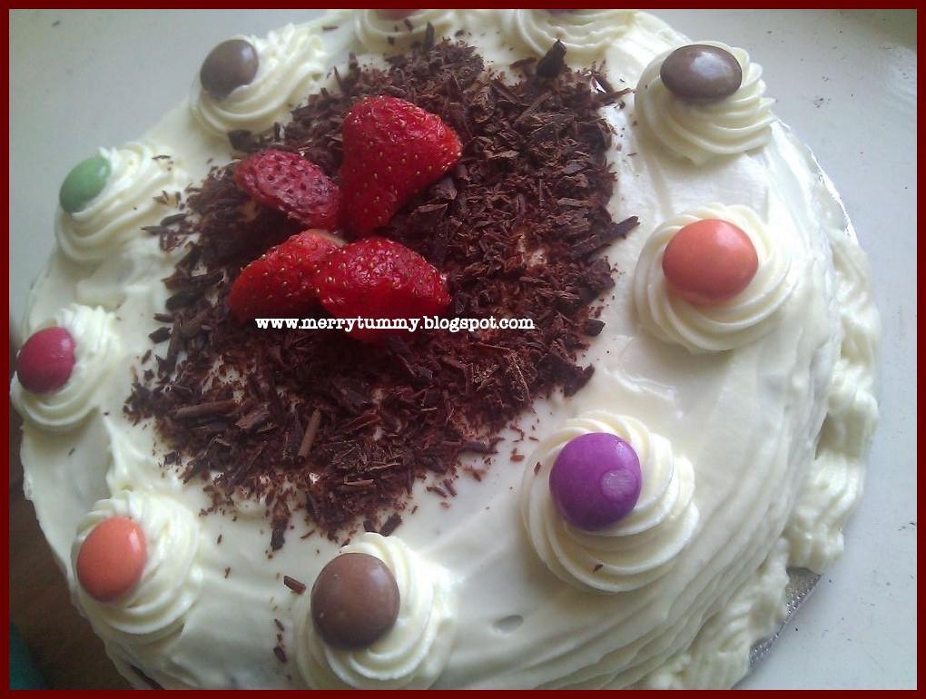 Strawberry Sponge Cake Recipe Indian