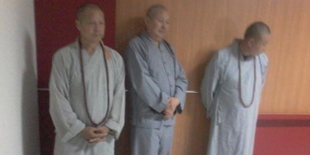 Biksu asal China Diamankan Petugas Imigrasi karena Mengemis di Balikpapan