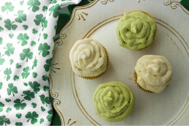 #Vegan Baileys Buttercream frosting - Perfect for St.Patricks Day