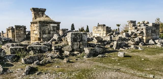 fachada oriental de la Iglesia de los Pilares