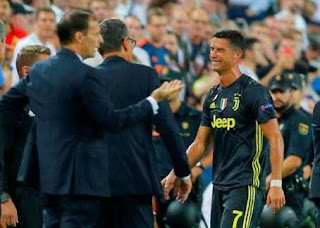 Juventus Star Cristiano Ronaldo In Tears After Red Card Against Valencia (Photos)