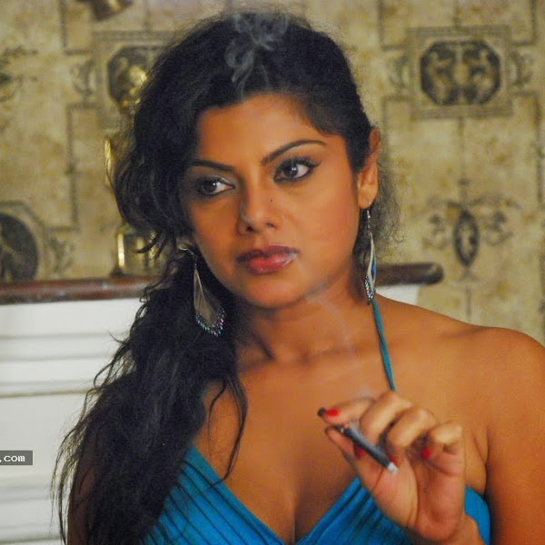Swathi Varma aka Swathika latest hot show photos