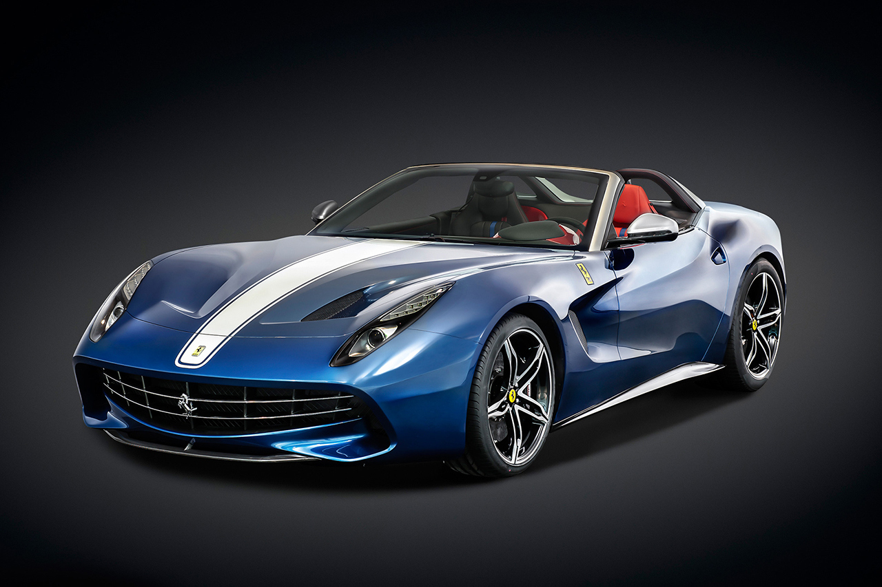 ferrari-unveils-the-f60-america-Top Cars 2015