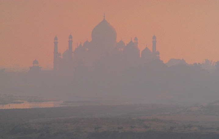 case study on taj mahal due to air pollution The study could help push for more targeted measures  pollution turning india's taj mahal  many have long blamed the city's air pollution for discoloring.