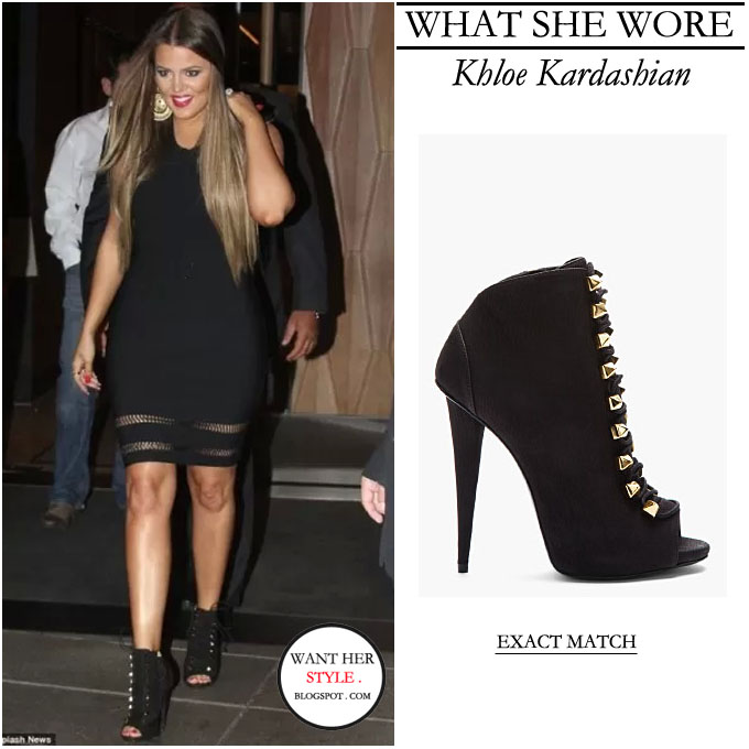 757893e89d1 WHAT SHE WORE  Khloe Kardashian in black open toe lace up gold ...