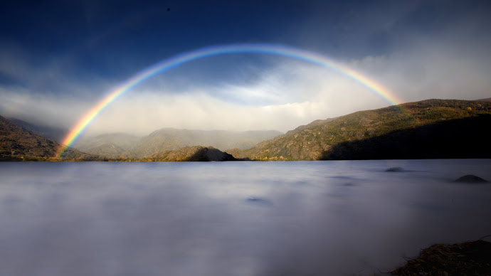Wallpaper: Rainbow over Sanabria Lake