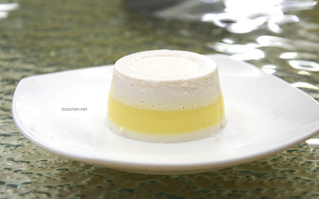 Chilled Mango Coconut Parfait
