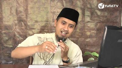 ustadz abdullah zaen MA: PASANGANMU ADALAH PAKAIANMU