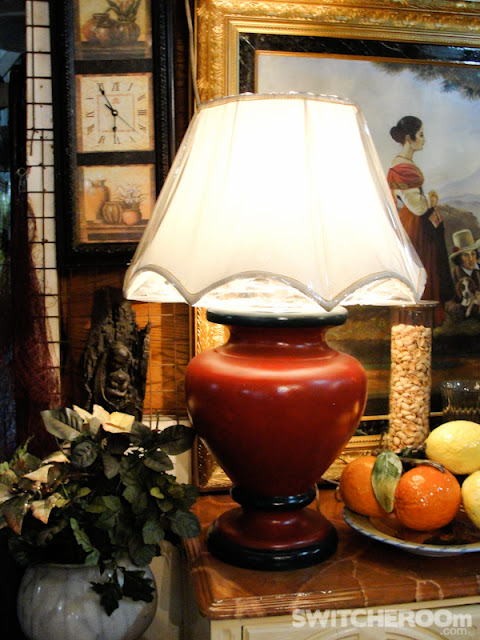 kamuning thrift shop,ornate mirror, brass lamps, venetian mirror
