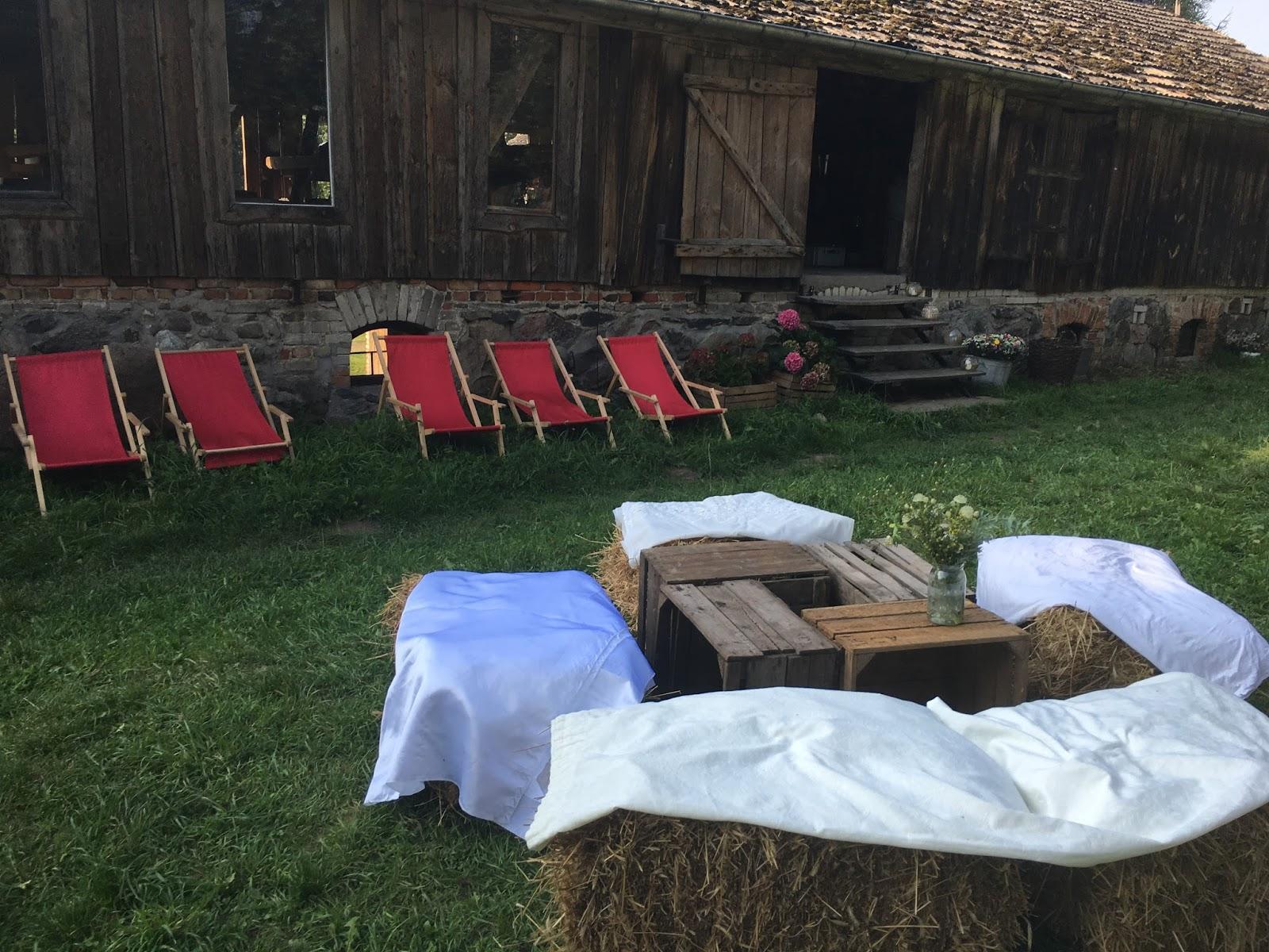 Boho Wesele Marysi I Bartka Na łące I W Stodole Jo Wedding