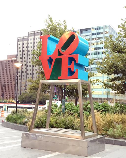 Tori's Pretty Things // Philadelphia Love Park