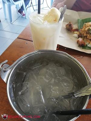 Coconut Shake dan Air Kelapa Muda